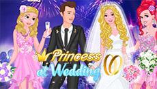 Принцессы на свадьбе Барби